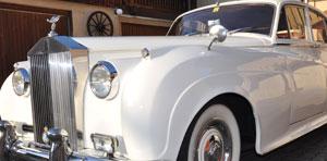 Oldtimer für Hochzeit mieten, Fahrzeuge wie Rolls Royce, Cadillac, VW Käfer, Londontaxi, Mustang usw