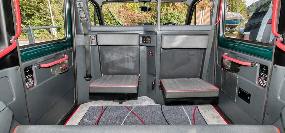 Innenansicht London Taxi ab Bern mieten