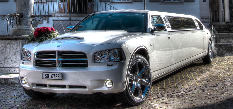 Dodge-Charger-limousine